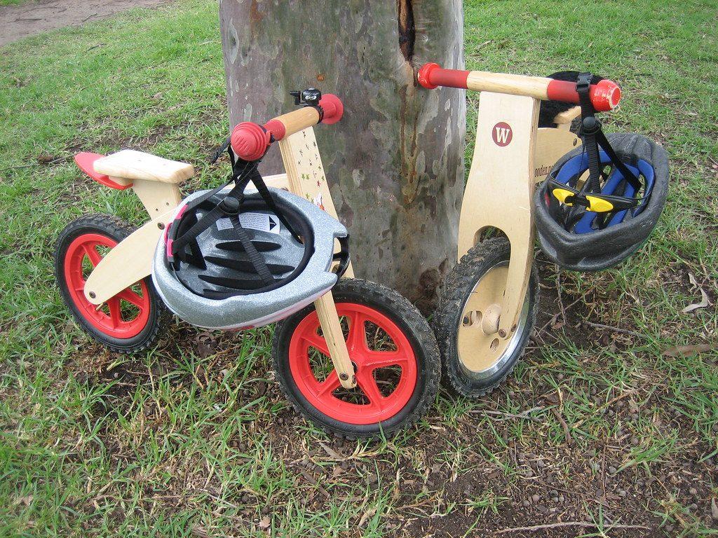 bicicleta sin pedales de mader